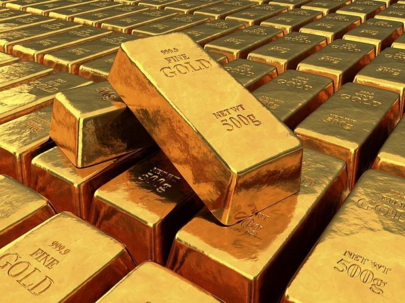 Цената на златото се понижава тази сутрин, растежът на доходността