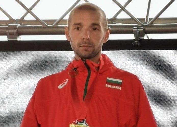 Йоло Николов ще представи България на европейското по крос в Лисабон /снимки/