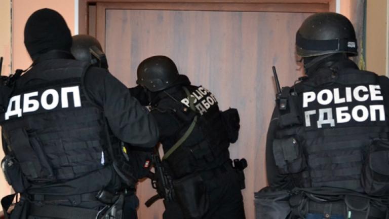Врачанин и жена от Монтана са задържани в Русе за