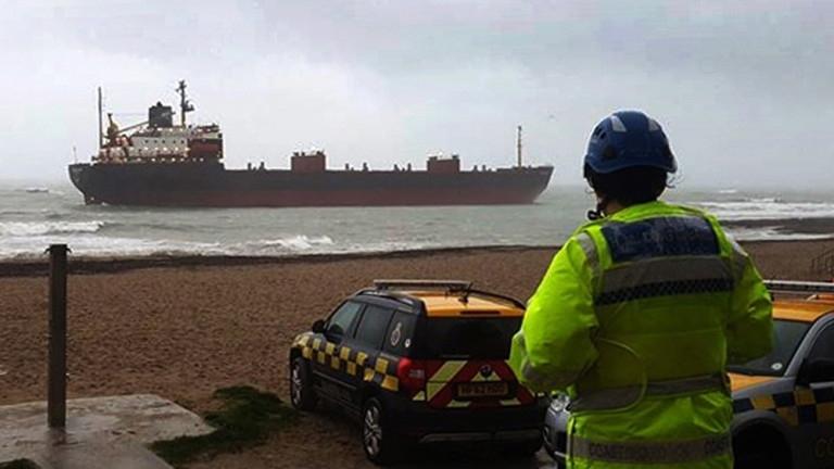 Снимка: Британските власти задържаха руски товарен кораб