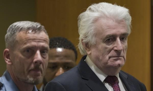 Бившият политически лидер на босненските сърби Радован Караджич бе осъден