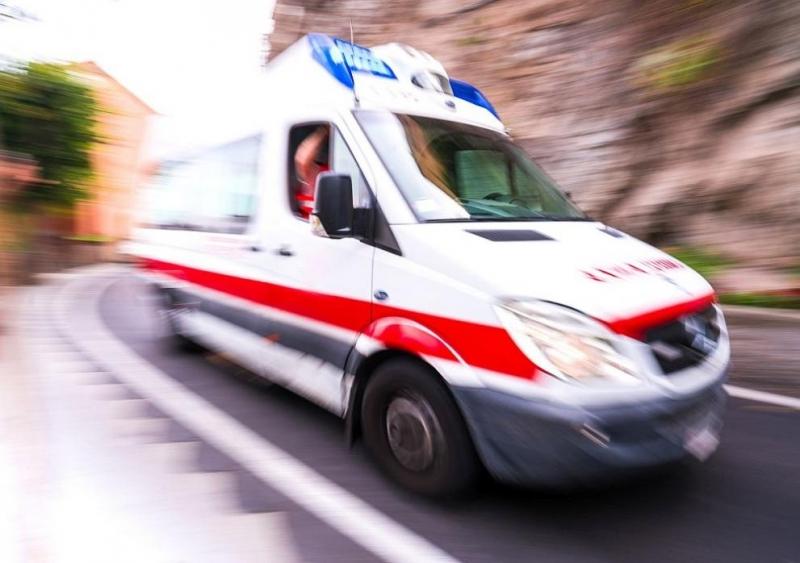 7 души загинаха при пожар в индийски хотел, използван като болница за болни от COVID-19