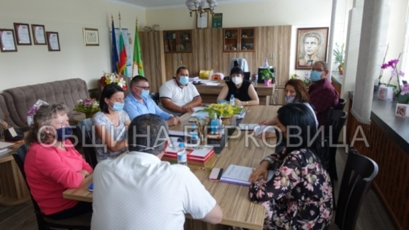 Подписаха Акт Образец 2 в Берковица за откриване на строителна