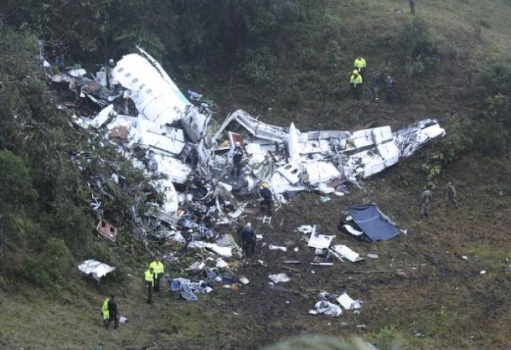 Ужас край Ихтиман, самолет се разби, има жертви