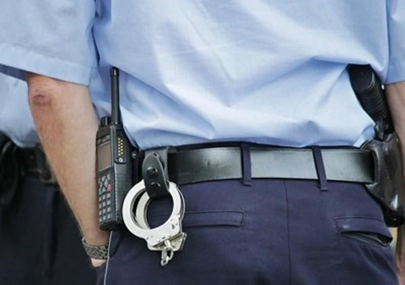 43-годишен мъж е задържан за проявено домашно насилие в Самуил.