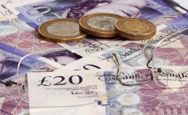 Във Великобритания измамници са откраднали повече от 500 милиона паунда