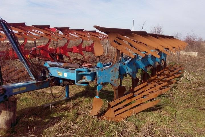 Земеделски машини се продават на скандално ниски цени, научи агенция