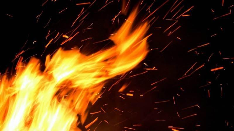 Снимка: Бездомник запали къща в Лом
