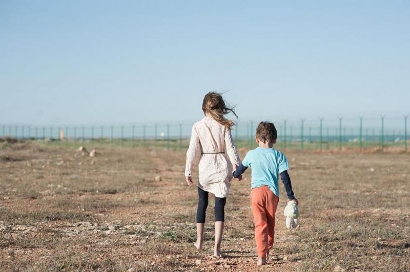 Правата на децата по света са тежко засегнати от кризата,