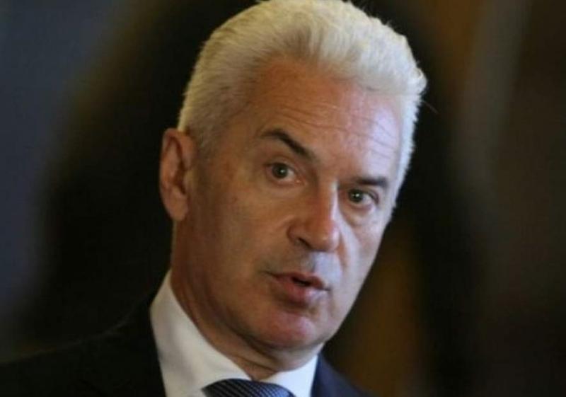 Преврат при Патриотите: Свалиха Волен Сидеров от председателския пост в парламента