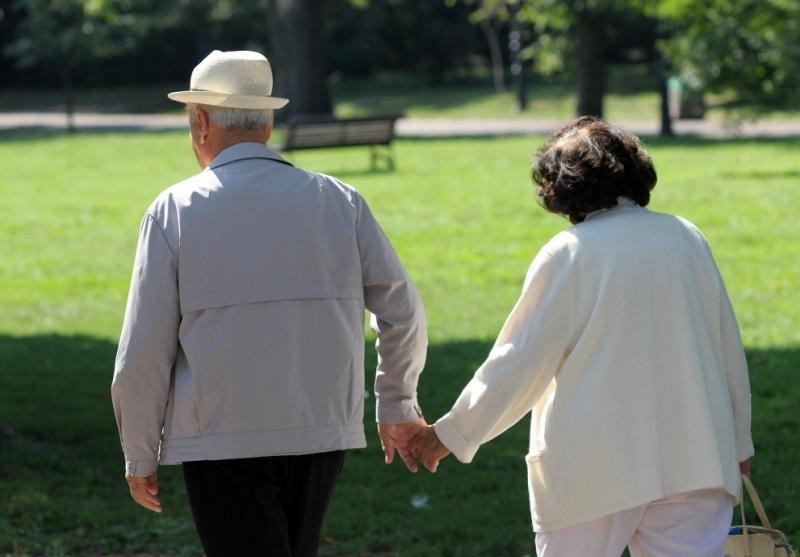 Стажът за пенсия поскъпна: Плащаме със 120 лева повече, ако не ни стига година служба