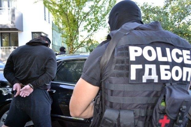 Специализираната прокуратура и ГДБОП провеждат в момента мащабна акция в