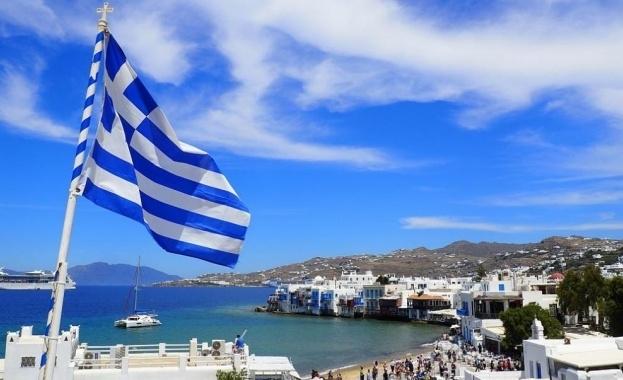 За четвърти пореден ден в Гърция има трицифрени нови случаи