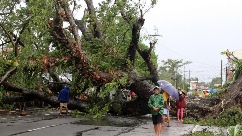 Тайфунът във Филипините взе девет жертви /снимки/
