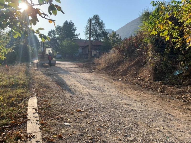 Продължават ремонтните дейности на пътната инфраструктура във Враца и населените