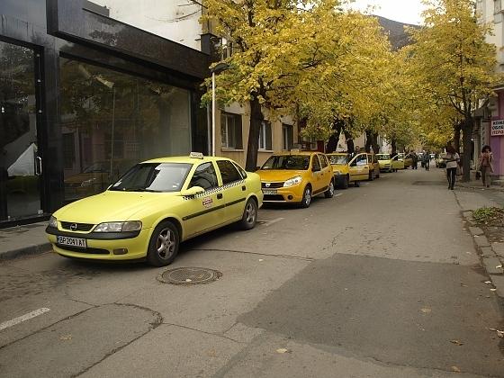 Таксиджиите във Враца не останаха доволни, а причината е, че