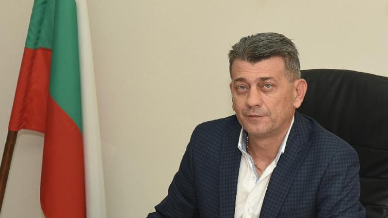 Кметът на Лом д-р Георги Гаврилов поздрави хората по случай