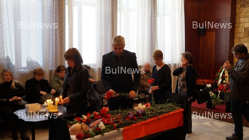 Мездра се поклони пред паметта на инж. Цветко Петков