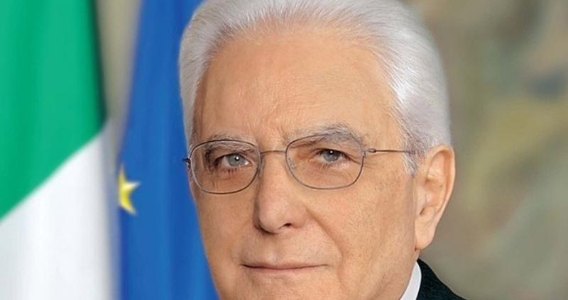 Италианският президент Серджо Матарела даде на партиите в страната още