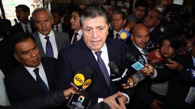 Бившият перуански президент Алан Гарсия почина в болница в Лима