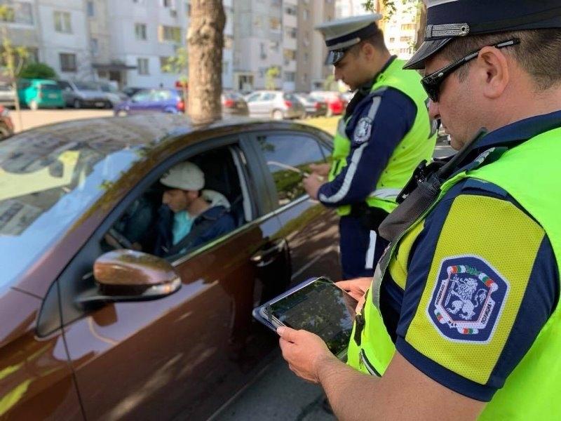 Врачански полицаи са проверили над 150 души само за ден,