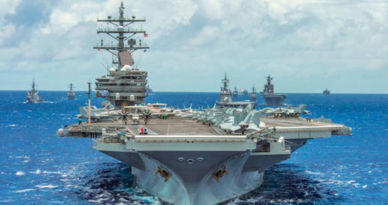Хеликоптер MH-60 Seahawk се разби на палубата на американския самолетоносач
