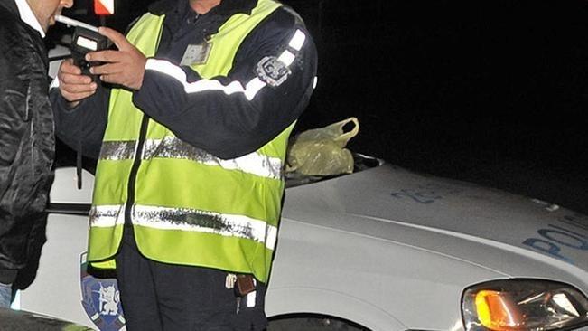 Шофьор с почти 3.5 промила алкохол е заловен да върти