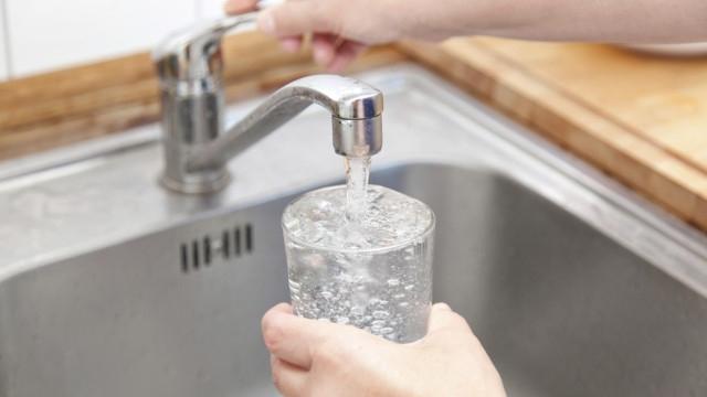 Икономическа полиция проверява замърсената с арсен вода в Монтанско