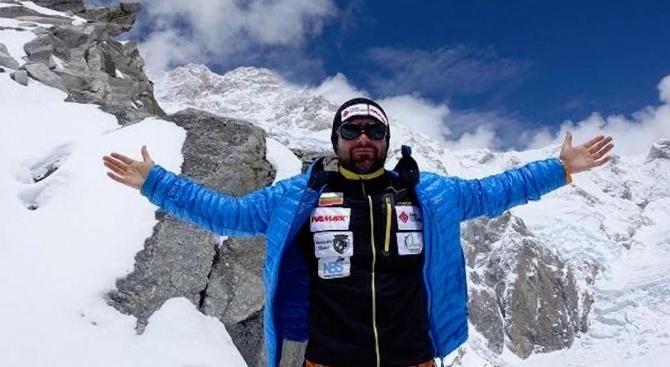 Един от най-успешните наши алпинисти Атанас Скатов вчера гостува във