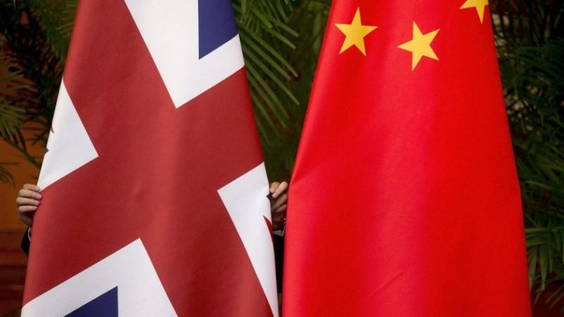Посланикът на Китай в Лондон обвини Великобритания в груба намеса