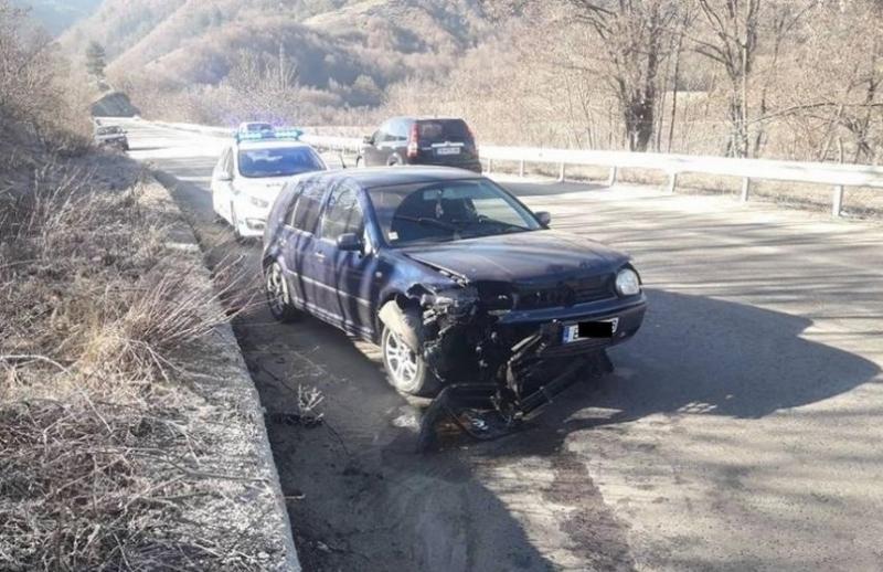 Криминалисти от Ботевград са заловили млад мъж от Врачанско за
