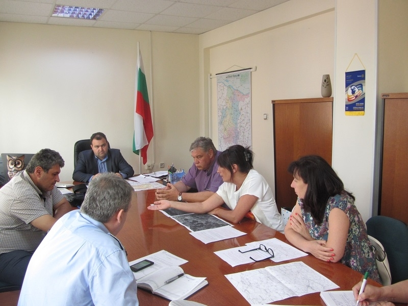 Зърнопроизводители от Врачанско обсъдиха проблемите си в областна администрация