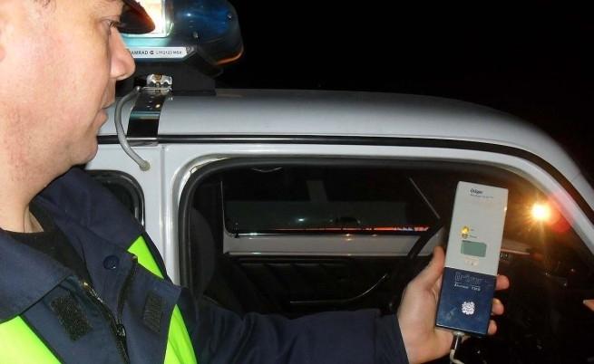 Снимка: Пиян шофьор изтрезнява в ареста