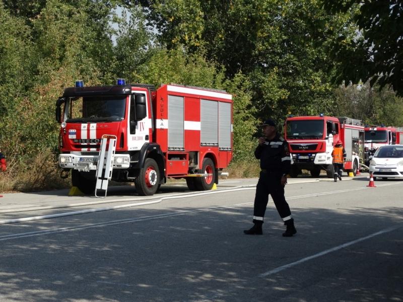 "Мащабно пожаро-тактическо учение на тема ""Гасене на горски пожар и"