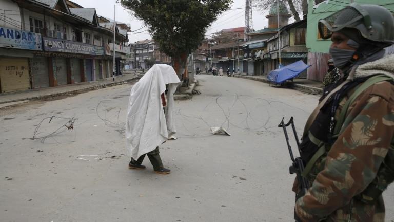 Индийските сили за сигурност саликвидирали двама от заподозрените организатори на