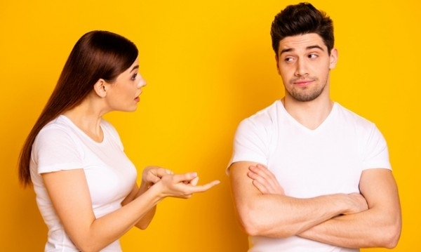 Двойките спорят, изпадат в конфликти и се карат. Когато в