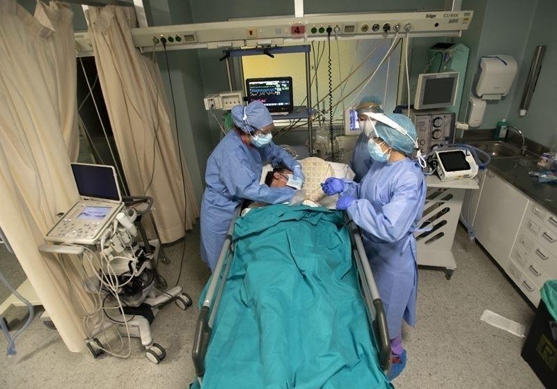 Заразен с COVID-19 почина в ломската болница, сред новите случаи в Монтанско е и дете на 10 г.