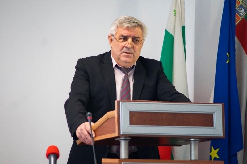 Проектобюджет 2020 на Община Мездра беше представен на публично обсъждане /снимки/