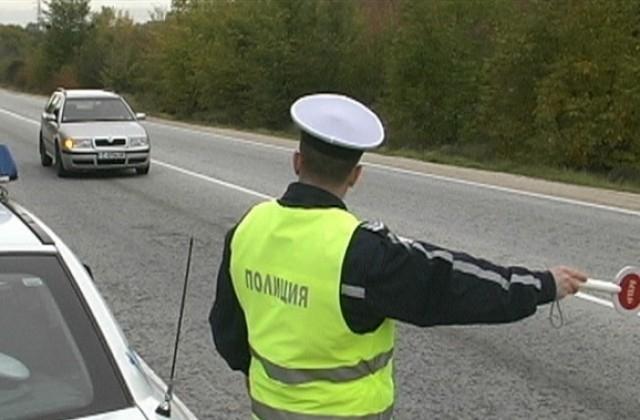 Служители на реда са хванали врачанин да управлява нередовна кола