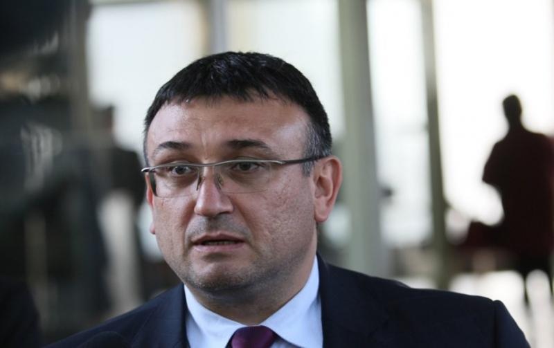 Министърът на вътрешните работи Младен Маринов съобщи днес, че по