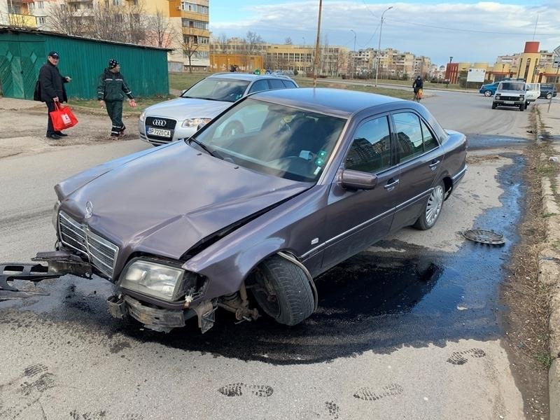 """МВР потвърди новината на BulNews за катастрофиралия """"Мерцедес"""" във Враца."""