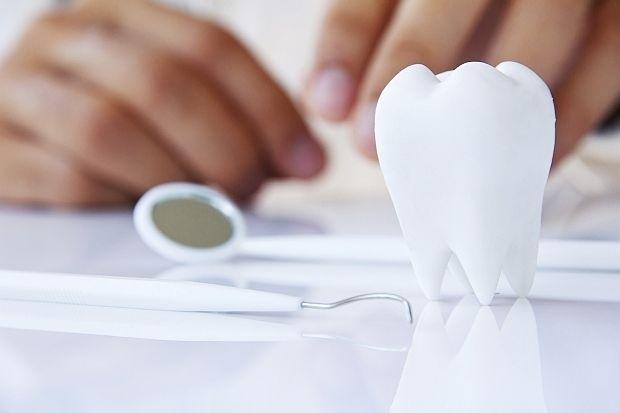Край на пломбите, зъбите ще се регенерират сами
