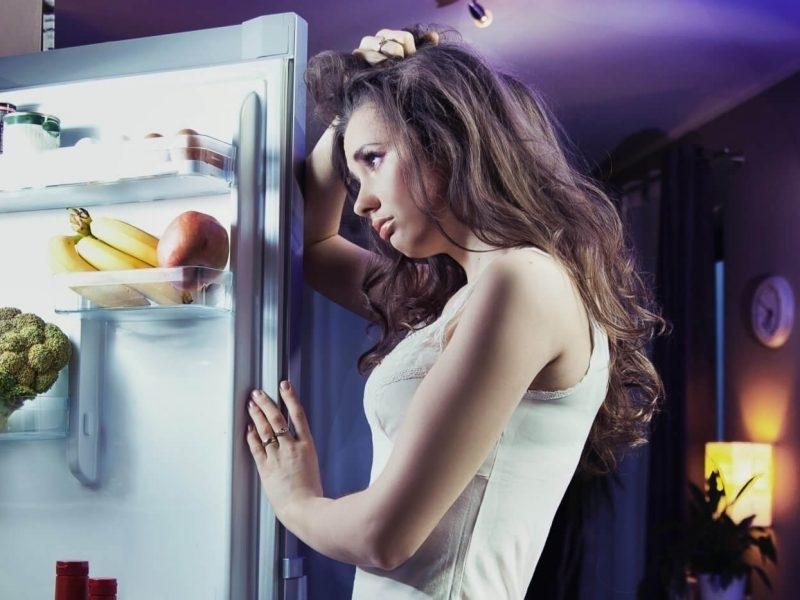 Вредата за здравето и фигурата от късната вечеря и похапването
