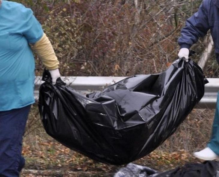 Откриха труп на мъж в полята край София