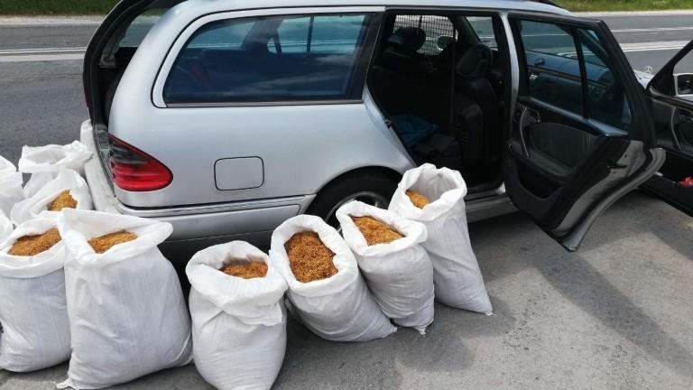 Полицаи са хванали мъж от Монтанско, превозвал 100 кг незаконен