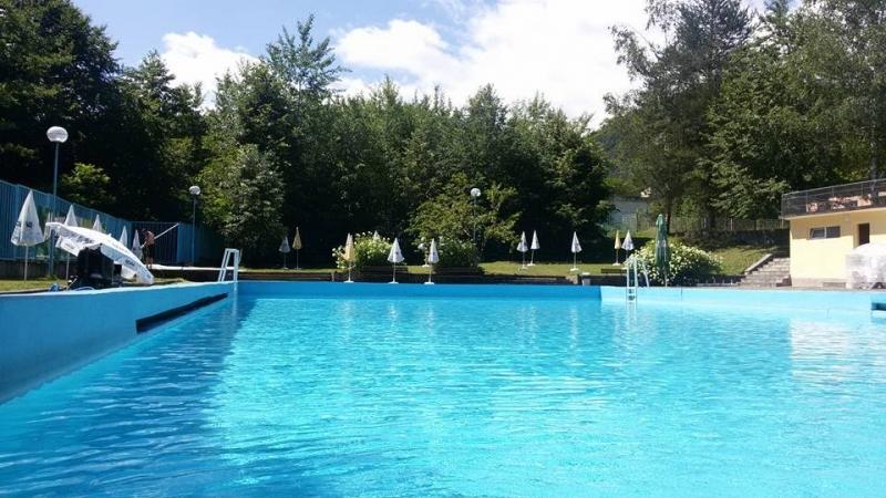 Община Вършец уведомява жителите и гостите на общината, че басейнът