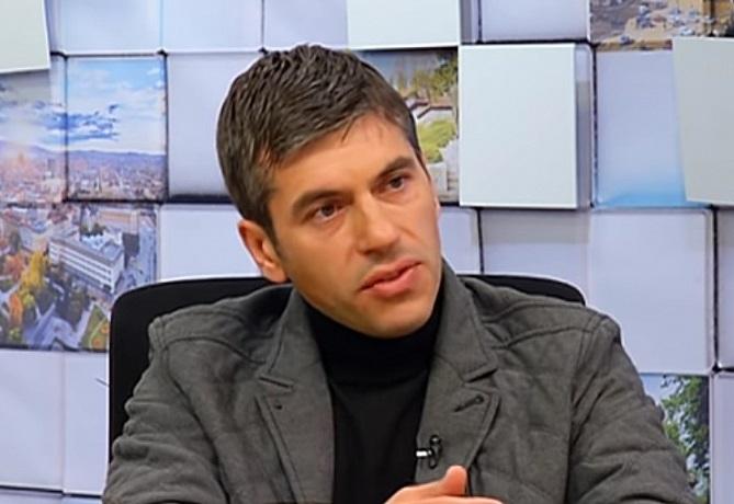 Бивш служител на ДАНС: Борисов се мисли за най-големия тарикат, но протестът ще се радикализира