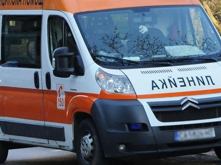 6-месечно момиченце е в болница след катастрофа в Бургас, съобщи