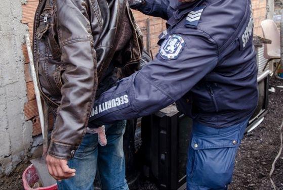 Полицията залови издирван врачанин, криел се при роднина във Видинско