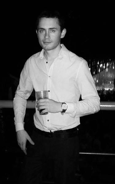 Александър Георгиев Атанасов от Добрич, който е студент в Лондон,